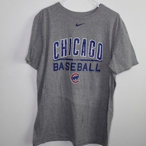 ☀️ Nike Chicago Cubs Graphic Tee